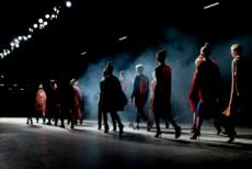 Paris Fashion Week Closed With Touching Blind Fashion Show