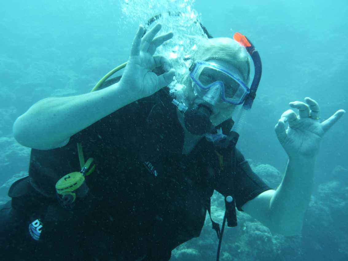 Scuba Diving with Contact Lenses