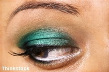Tips for the purple smoky-eyed look