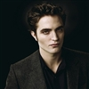 Robert Pattinson sheds light on Twilight contact lenses