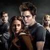 "Robert Pattinson ""did not enjoy wearing gold contact lenses on Twilight set"""