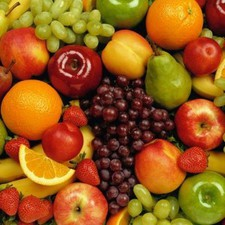 "Eating fruit and veg ""lowers risk of eye problems"""