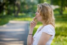 Passive smoking may lead to hyperopia